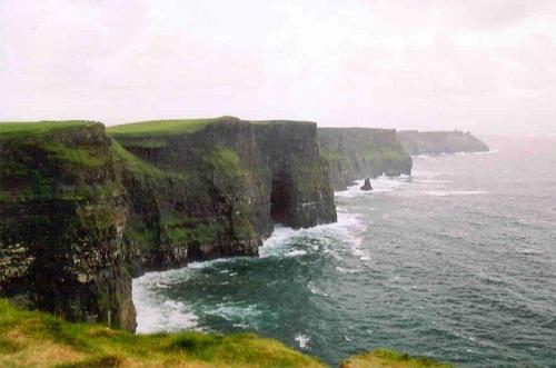 i38 cliffs