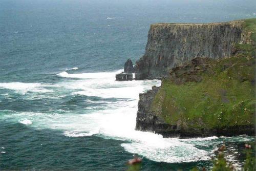 i40 cliffs